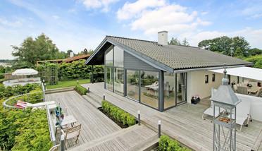 Morten Korch sælger sommerhus til 25 mio. kr.