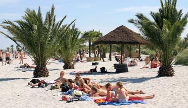 Thai massage hadsund store bryster på stranden