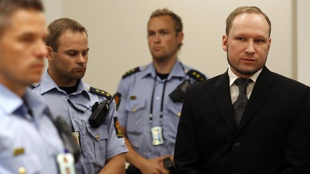 Dokumentar: Breivik stoppet med v�ben to �r f�r Ut�ya-massakre