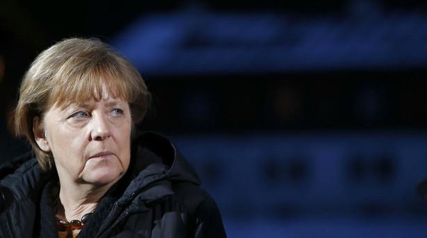 Merkel str�kker sig for at beholde Storbritannien i EU
