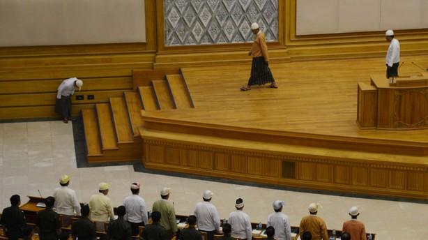 Myanmars nye pr�sident er taget i ed