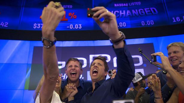 Megal�nninger sniger sig udenom Wall Street