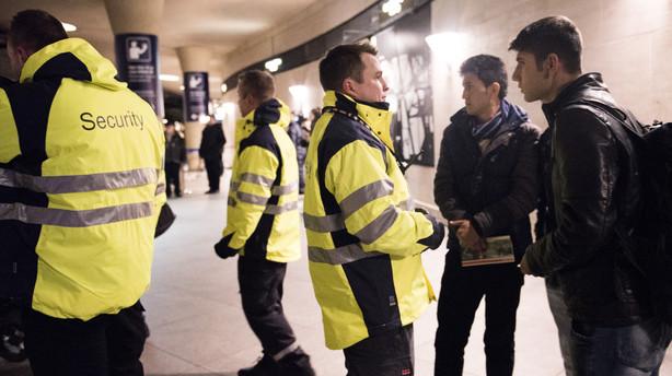 Svensk politi: F�rre asylans�gere mandag efter id-kontrol