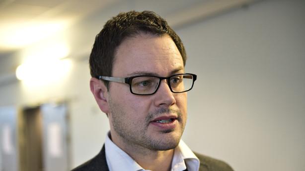 SF tr�kker st�tte: Stort l�nhop til politikere er ikke ok