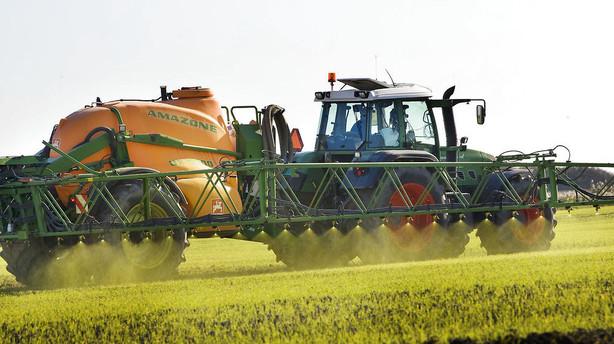 Landm�nd kan se frem til flere penge til kv�gstalde