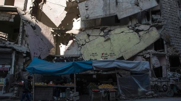 Syrien ford�mmer tyrkisk ild mod omr�der i Aleppo