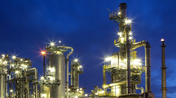 R�varer: Fortsat stor volatilitet i olie og guld