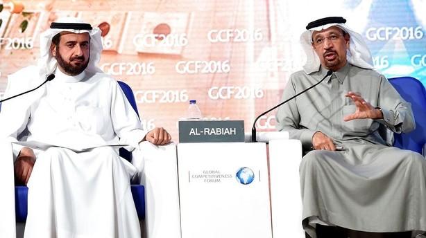Olie: Saudiske udtalelser sender olieprisen 5 pct. ned