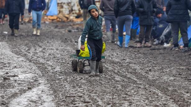 Sverige forventer at modtage op til 140.000 asylans�gere i �r
