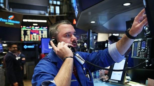 Aktier: USA holder kurst�sk p� afstand