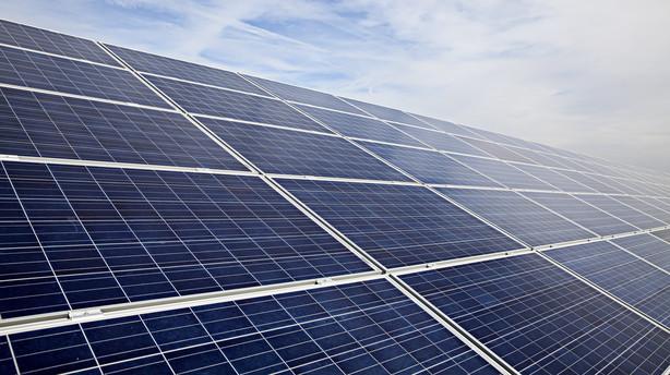 Tre d�mt for momssvindel for 43 mio. kr. med solceller