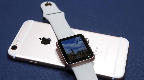 Apple afl�nner n�sten 100.000 i Danmark