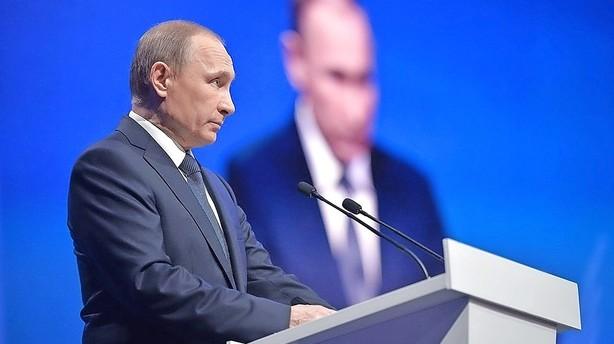 Kreml: Uhyrligt at USA kalder Putin korrupt