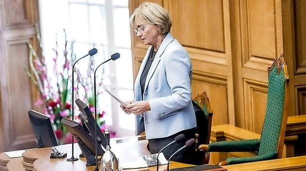 Folketingets formand: Eva Kjer f�lger grundloven
