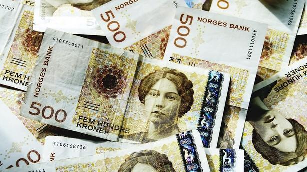 Valuta: Oliekrisen sp�ndte ben for den norske krone