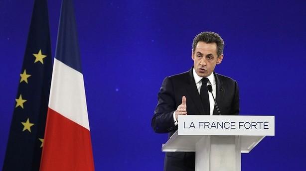 Nye afh�ringer af Sarkozy g�r genvalg i 2017 sv�rt