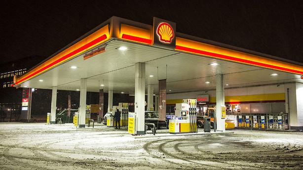 Shell fras�lger samtlige danske benzintanke