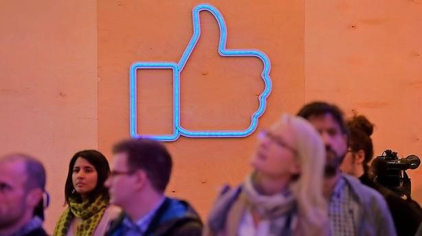 Facebooks tommel op f�r selskab af andre f�lelser