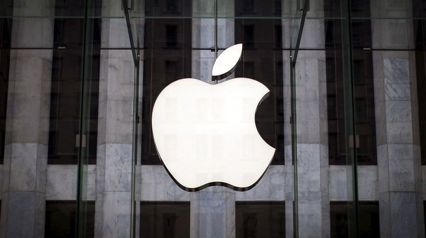 Mindre og billigere iPhone forventes lanceret mandag