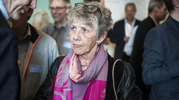 Auken om smykkelovsdebat i EU: Rene teflonsvar