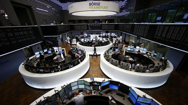 Europ�iske aktier rammer laveste niveau i flere m�neder