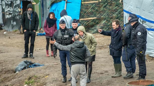 Mere britisk hj�lp til at l�se flygtningeproblem ved Calais