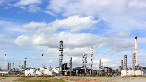 R�varer: Olieprisniveauet op p� fortsatte Iran-forhandlinger