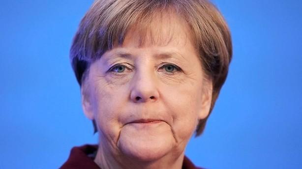 Merkel sigter mod markant f�rre flygtninge i �r
