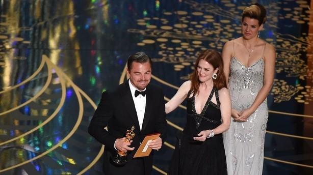 Leonardo DiCaprio f�r endelig sin Oscar