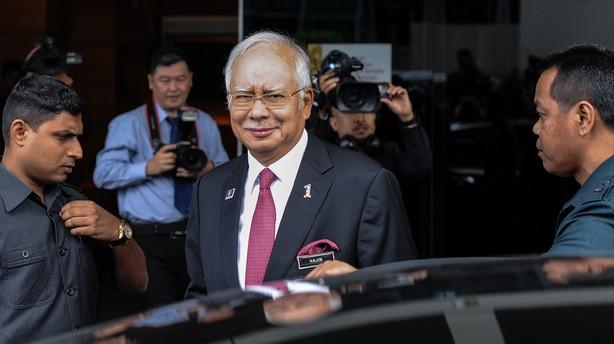 Premierminister frikendt: Milliardbel�b var en gave