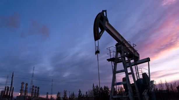 R�varer: Oliemarked stabiliseret p� h�jere niveau