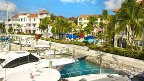 G� bare helt Bahamas