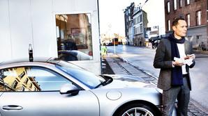 Bil-boss f�r gr�nt lys fra konen til en ny Porsche 911