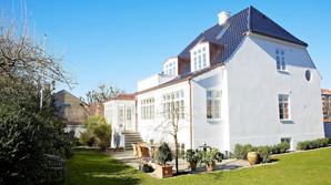 Genf�dt i Aarhus - Grosserervilla med 140 kilo komfur