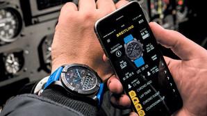 Nu er Breitlings bekostelige hybrid-ur i Danmark
