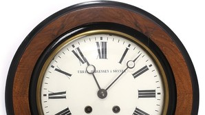 Dansk v�g-ur solgt 1400 pct over vurderingen