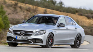 Her er afl�seren for Mercedes bulderbasse