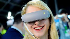 Samsung-flagskib og vilde VR-briller p� vej