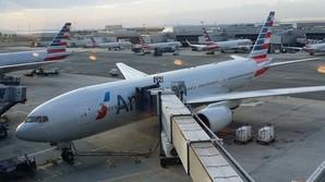 Flyanmeldelse: P� femstjernet business over Atlanten