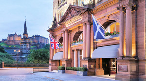 Waldorf Astoria - Genf�dt for et trecifret millionbel�b