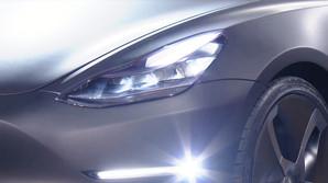 "Tesla afsl�rer billig ""folkevogn"" - bestillinger g�r amok"