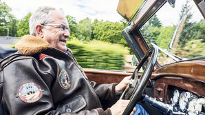 Dansk rigmand s�lger unik bilsamling for en kvart milliard