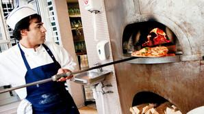 Her serveres byens absolut bedste pizzaer