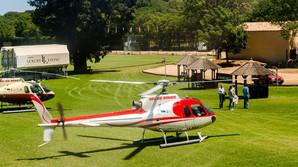 Milliard�rer mellem hestehove og helikoptere