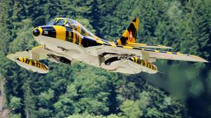 En gammel krigsmaskine flyver igen
