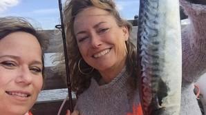 Venindeweekend med fiskekutter og damepibe