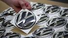 Danskerne handler VW-aktier p� livet l�s