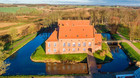 Dansk konge-slot sat til salg for k�mpeformue