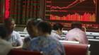 Aktier: Aktiedyk efter mistanke om kinesisk b�rsfusk