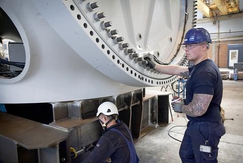 Vestas klar til at ans�tte igen p� danske fabrikker